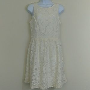 Kensie Cream Lace Overlay Cocktail Dress M